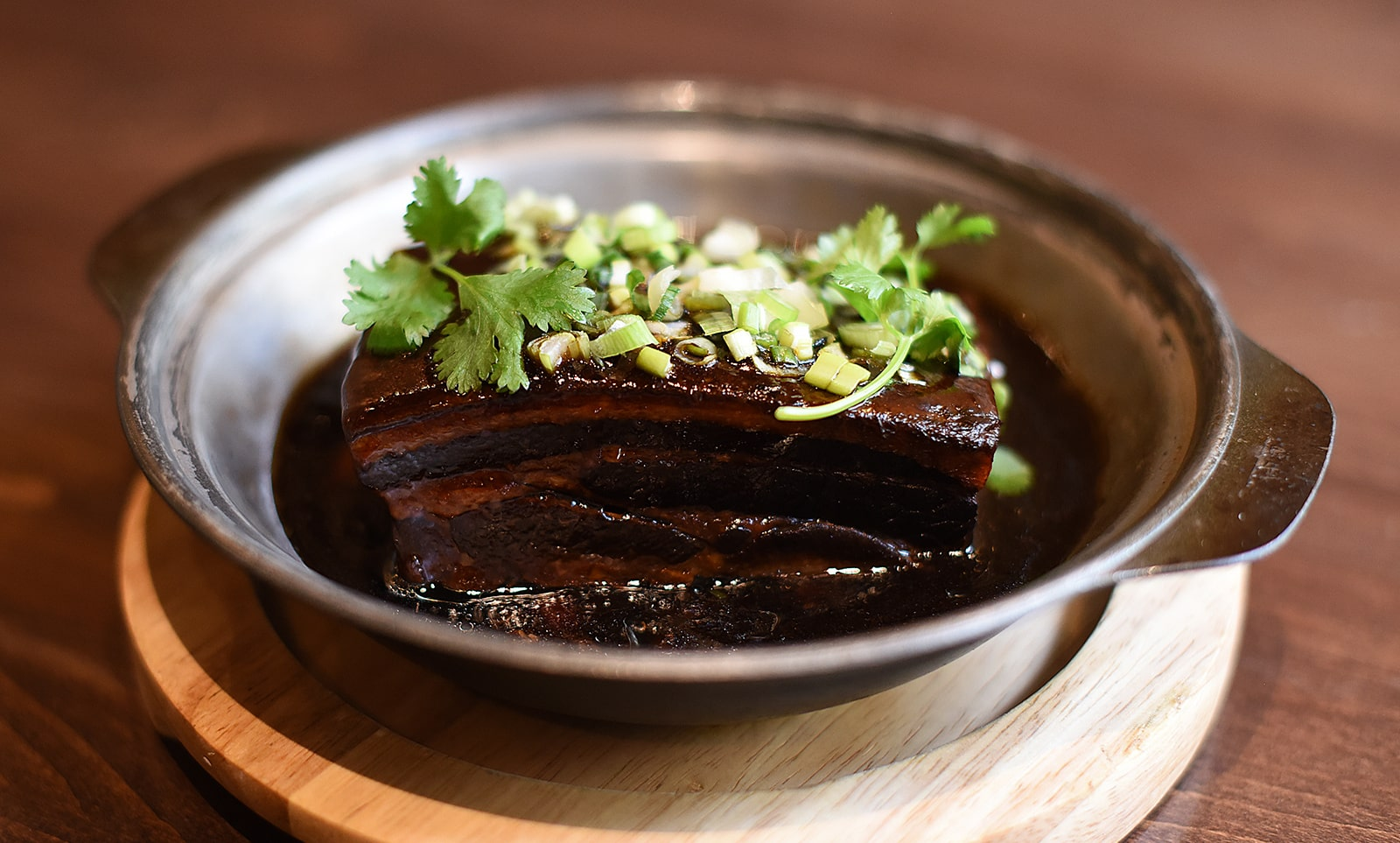 Stewed Pork Belly with Garlic and Black Bean